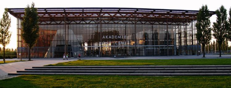 Gebäude der Akademie Mont-Cenis