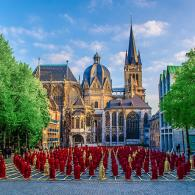 Aachener Dom im Sommer