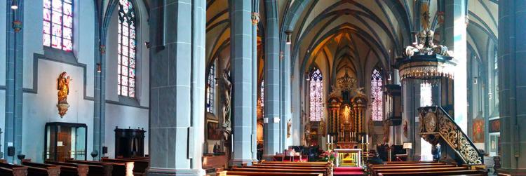 Die heiligen Hallen der Basilika St. Lambertus